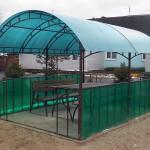 Беседка из поликарбоната со столом и скамейками в дер. Дуброво