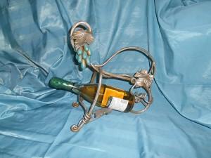 Кованая подставка для бутылок в г. Куровское