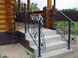 Кованые лестничные ограждения в дер. Анциферово