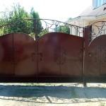 Кованые ворота и кованая калитка в г. Куровское